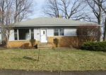Foreclosed Home en JEANNE DR, Cleveland, OH - 44134