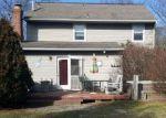 Foreclosed Home en VERONICA LN, Williamstown, NJ - 08094