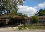 Foreclosed Home en YUKON BLVD, San Antonio, TX - 78221
