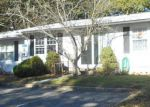 Foreclosed Home en BALMORAL CT, Lakewood, NJ - 08701