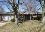 Foreclosed Home en E 8TH ST, Anderson, IN - 46012