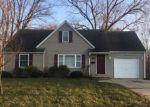 Foreclosed Home en EAST DR, Loves Park, IL - 61111