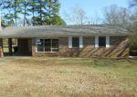 Foreclosed Home en BIRCHWOOD DR, Little Rock, AR - 72211