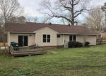Foreclosed Home en W NARROWAY ST, Benton, AR - 72015