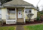 Foreclosed Home en E 4TH ST, Coquille, OR - 97423