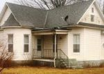 Foreclosed Home en S EAST ST, Sorento, IL - 62086