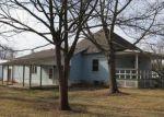 Foreclosed Home en E WALNUT ST, Gillespie, IL - 62033
