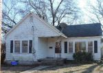 Foreclosed Home en E SPRING ST, Ozark, AR - 72949