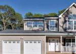 Foreclosed Home en BLYDENBURGH RD, Centereach, NY - 11720