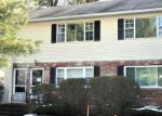 Foreclosed Home en GEORGETOWN DR, Enfield, CT - 06082