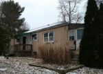 Foreclosed Home en MAIN ST, Prospect, PA - 16052