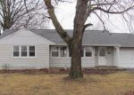 Foreclosed Home en VIRGINIA ST, Brighton, IL - 62012