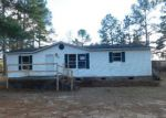 Foreclosed Home en SURREY DR, Laurinburg, NC - 28352