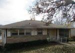 Foreclosed Home en W 4TH ST, Heavener, OK - 74937