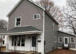Foreclosed Home en HAVANA ST, Carbondale, PA - 18407