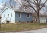 Foreclosed Home en VIRGINIA AVE, Baltimore, MD - 21215