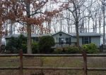 Foreclosed Home en LEES MILL PARK RD, Goode, VA - 24556