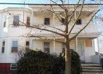Foreclosed Home en LEDGE ST, Providence, RI - 02904