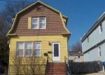 Foreclosed Home en 5TH ST, Fords, NJ - 08863