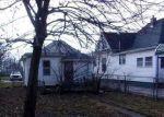 Foreclosed Home en E 4TH ST, Sedalia, MO - 65301