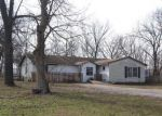 Foreclosed Home en W PINE ST, Chilhowee, MO - 64733