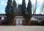 Foreclosed Home en W JOLLY RD, Lansing, MI - 48911