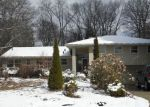 Foreclosed Home en APPLEWOOD ST, Clinton Township, MI - 48036