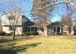 Foreclosed Home en MIDDLEBELT RD, Farmington, MI - 48336