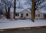 Foreclosed Home en HAINES ST, Dowagiac, MI - 49047