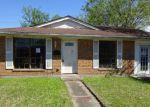 Foreclosed Home en TULANE DR, Kenner, LA - 70065