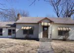 Foreclosed Home en S 10TH ST, Fredonia, KS - 66736