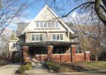 Foreclosed Home en N EUCLID AVE, Oak Park, IL - 60302