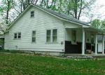 Foreclosed Home en N 9TH ST, Benton, IL - 62812