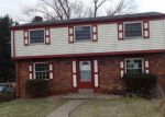 Foreclosed Home en CRESCENT GARDEN DR, Pittsburgh, PA - 15235