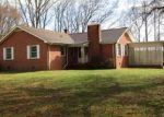 Foreclosed Home en DAN VALLEY RD, Madison, NC - 27025