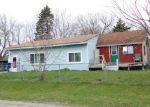 Foreclosed Home en CROOKED LAKE RD NE, Rockford, MI - 49341