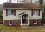 Foreclosed Home en HOLLEY LN, Lusby, MD - 20657