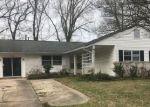 Foreclosed Home en BRECKINRIDGE CT, Hampton, VA - 23666