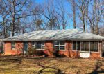 Foreclosed Home en CHURCHVIEW DR, Madison Heights, VA - 24572