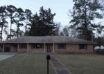 Foreclosed Home en FISHER DR, Marshall, TX - 75670