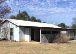 Foreclosed Home en W STONECASTLE DR, Marble Falls, TX - 78654