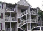Foreclosed Home en DARWIN LN, North Brunswick, NJ - 08902