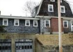 Foreclosed Home en DUDLEY ST, Fitchburg, MA - 01420