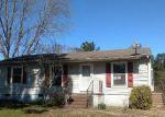 Foreclosed Home en WOODSTOCK RD, Gloucester, VA - 23061