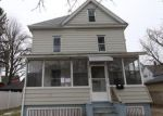 Foreclosed Home en LYNDALE ST, Springfield, MA - 01108