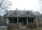 Foreclosed Home en PLYMOUTH ST, Abington, MA - 02351
