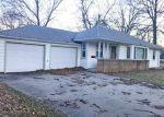 Foreclosed Home en UNIVERSITY ST, Dixon, IL - 61021