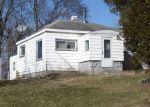 Foreclosed Home en W GLENDORA RD, Buchanan, MI - 49107