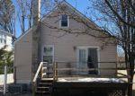 Foreclosed Home en BAKER AVE, Parkville, MD - 21234