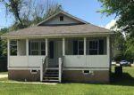 Foreclosed Home en OLIVARI ST, Waveland, MS - 39576